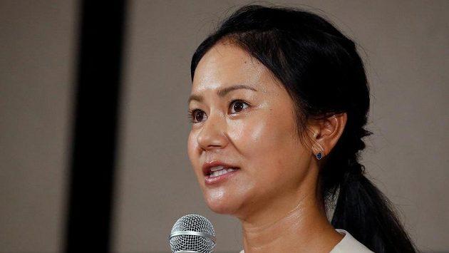 Bývalá světová jednička mezi golfistkami Ai Mijazatová na tiskové konferenci oznamuje konec kariéry.