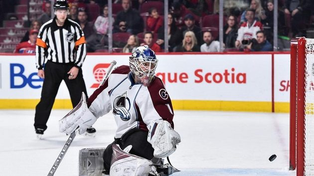 Brankář Colorada Sergej Varlamov. Pokaždé není den.