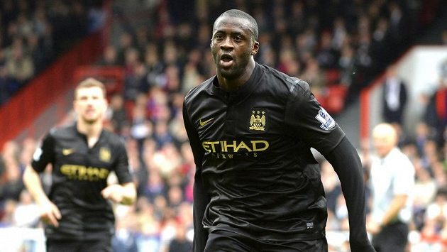 Yaya Touré z Manchesteru City se raduje z gólu proti Crystalu Palace.