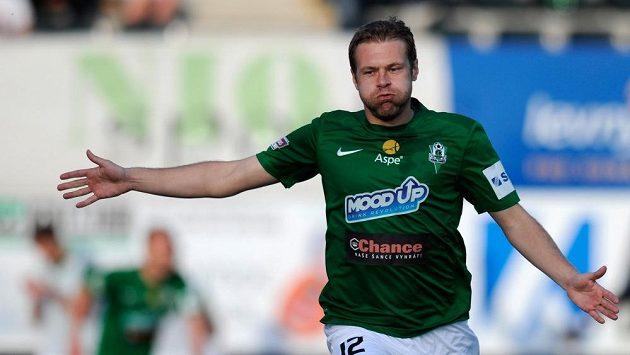 Karel Piták se v dresu Jablonce raduje z gólu.