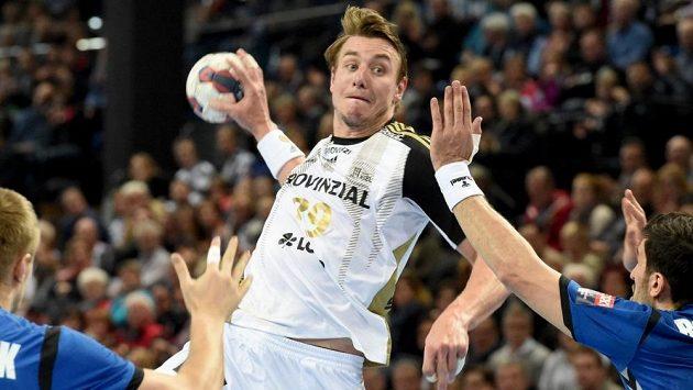 Nejlepší český házenkář Filip Jícha má finanční problémy, které by mohl vyřešit jeho odchod z Kielu do Barcelony.