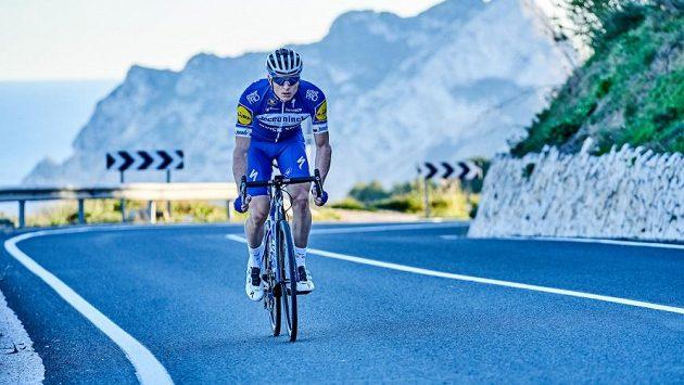 Silniční cyklista Petr Vakoč se po odchodu z týmu Deceuninck-Quick Step domluvil na spolupráci s jinou belgickou stájí Alpecin-Fenix.