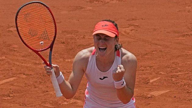 Tamara Zidanšeková se raduje z postupu do semifinále French Open.