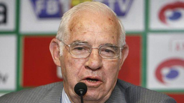 Zemřel trenér španělských evropských šampiónů Luis Aragonés.