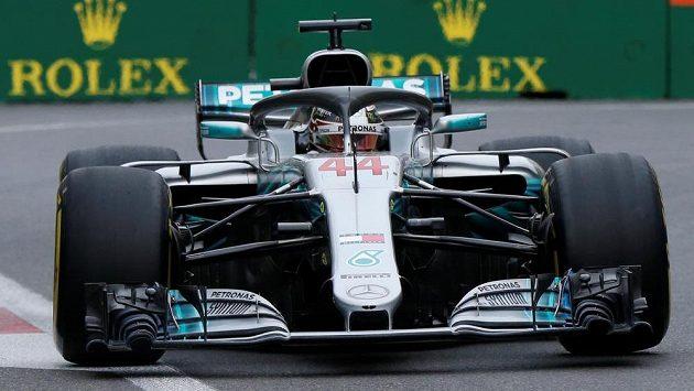 Pilot Mercedesu Lewis Hamilton zvítězil ve Velké ceně Ázerbájdžádu.