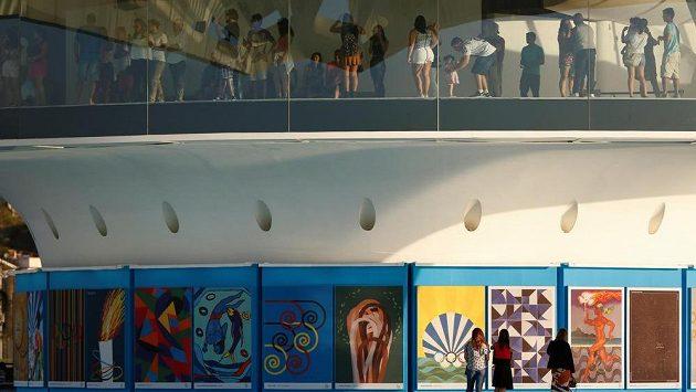 Pořadatelé olympijských her v Riu de Janeiro pokračují v tradici oficiálních plakátů.