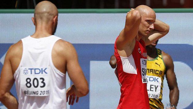 Zkušený překážkář Petr Svoboda (vpravo) uspěl s protestem a na MS poběží čtvrteční semifinále.