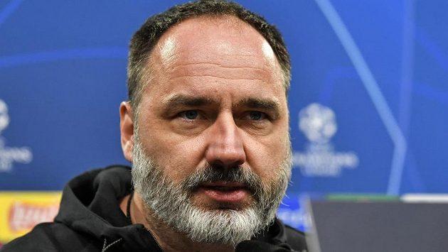 Fotbalová Slavia už nemá naději na postup do jarní části bojů v pohárové Evropě. Trenér Jindřich Trpišovský se ale se svým týmem na utkání v Dortmundu těší a bere jej jako velkou výzvu.