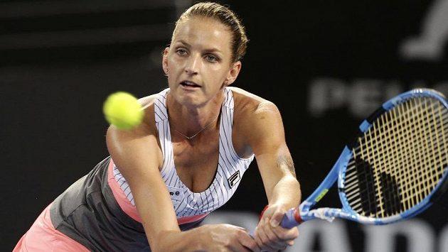 Karolína Plíšková ve čtvrtfinálovém duelu turnaje v Brisbane.