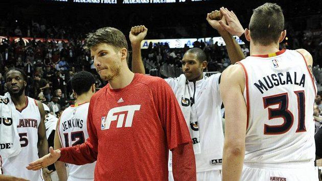 Basketbalisté Atlanty zdolali v NBA Indianu a připsali si čtrnáctou výhru v řadě.
