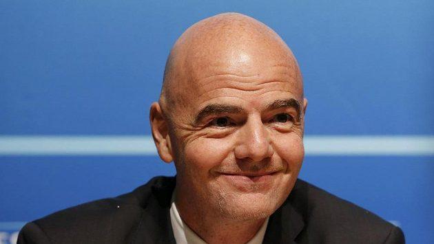 Generální sekretář UEFA a kandidát na šéfa FIFA Gianni Infantino.
