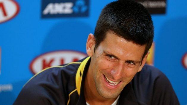 Tenista Novak Djokovič na tiskové konferenci v Melbourne.