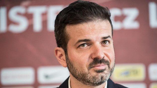 Andrea Stramaccioni zůstává trenérem Sparty.