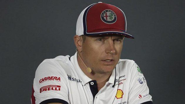 Bývalý mistr světa formule 1 Fin Kimi Räikkönen přijde kvůli nákaze koronavirem také o Velkou cenu Itálie, která se pojede o víkendu v Monze.