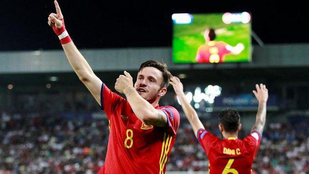 Hvězdou druhého semifinále fotbalového ME hráčů do 21 let byl Španěl Saul Níguez. Ten do sítě Itálie nasázel hattrick a Španělé slavili výhru 3:1.