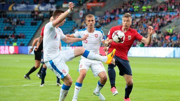 Jaromír Zmrhal v akci v utkání v Norsku.