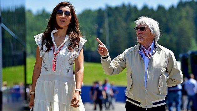 Bernie Ecclestone a jeho manželka budou rodiči.