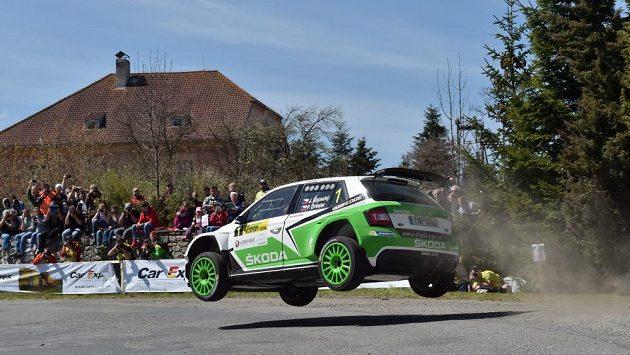 Jan Kopecký se Škodou Fabia R5 na trati Rallye Šumava 2016.