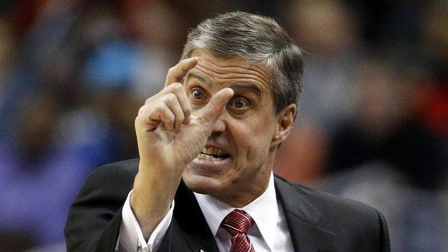 Trenér Randy Wittman skončil na lavičce basketbalistů Washingtonu.