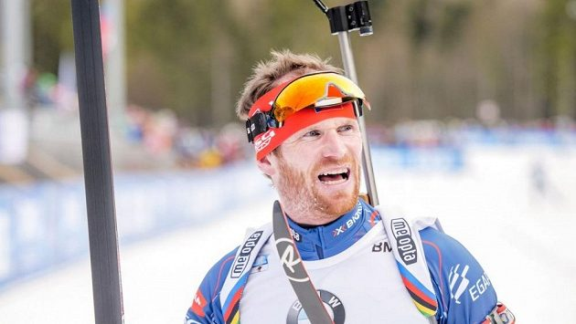 Michal Šlesingr v cíli závodu SP v Ruhpoldingu.