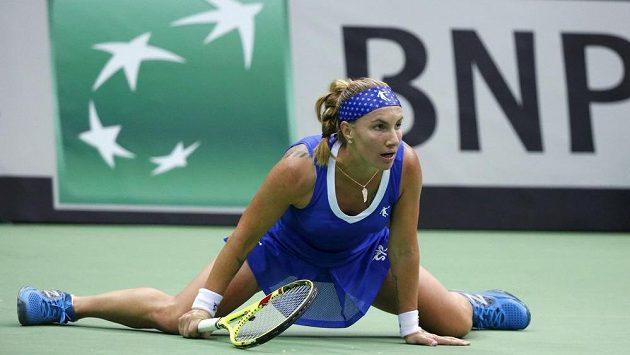 Ruska Světlana Kuzněcovová v utkání 1. kola Fed Cupu proti Nizozemsku.