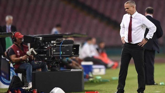 Sparťanský trenér Vítězslav Lavička během utkání základní skupiny Evropské ligy v Neapoli.
