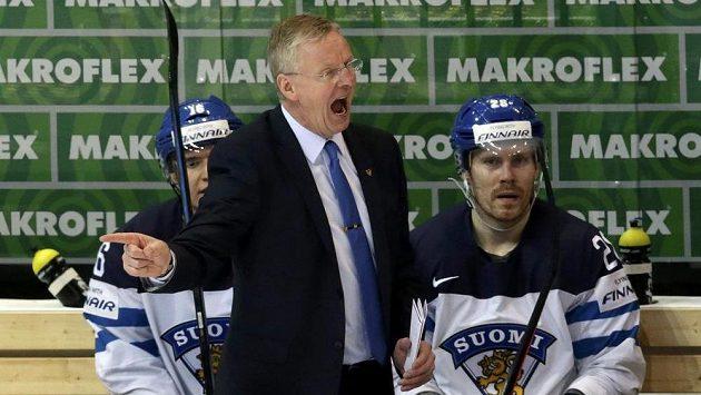 Vytočený kouč finské hokejové reprezentace Kari Jalonen během čtvrtfinále MS proti českému týmu.