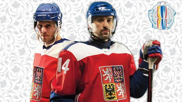 David Krejčí (vlevo) a Tomáš Plekanec v dresech české hokejové reprezentace pro Světový pohár.