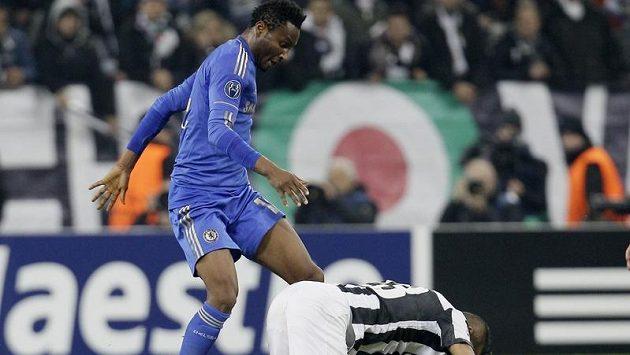 Obi Mikel v dresu Chelsea.