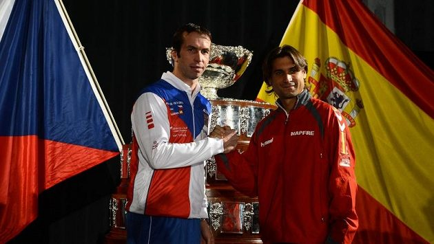 Finále Davis Cupu zahájí Radek Štěpánek (vlevo) a David Ferrer.