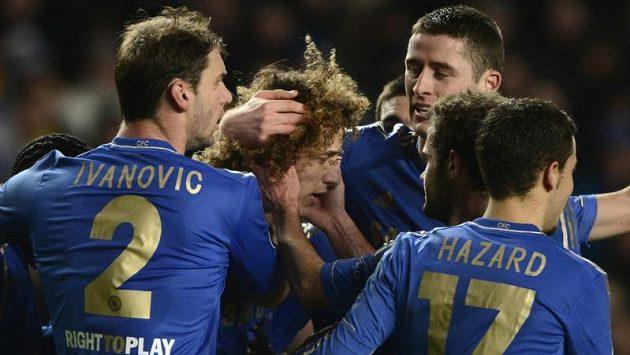 Fotbalisté Chelsea slaví jeden z gólů v Lize mistrů. Teď je čeká Sparta...