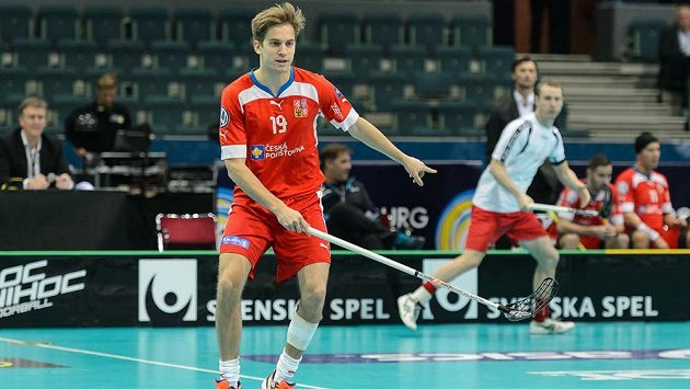 Útočník Patrik Dóža při úvodním českém zápase na mistrovství světa proti Norsku.