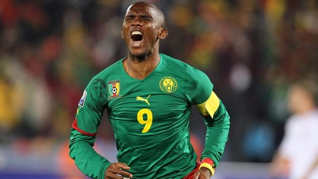 Útočník Kamerunu Samuel Eto'o.