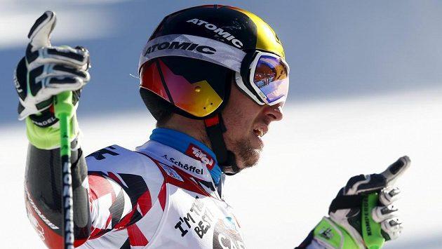 Marcel Hirscher slaví vítězství v Alta Badii.