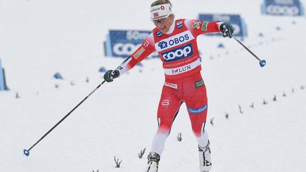 Norka Therese Johaugová v cíli.