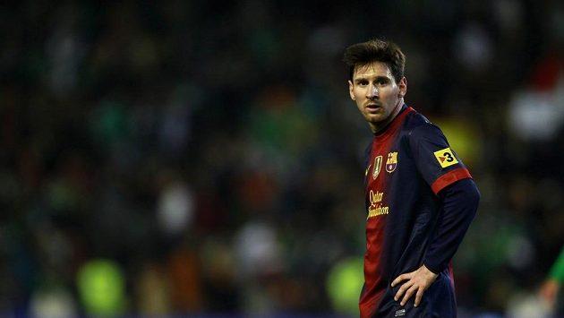 Zaskočený útočník Barcelony Lionel Messi