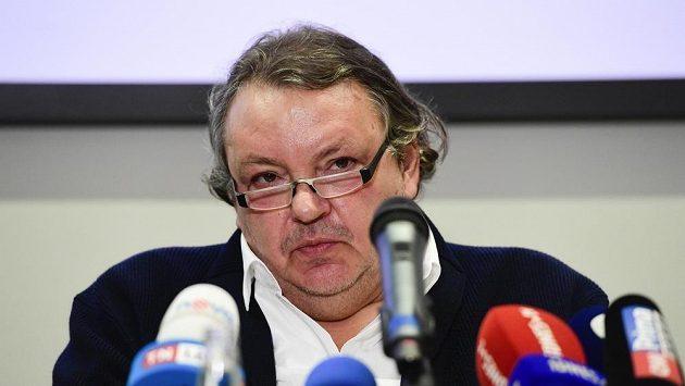 Prezident Českého hokeje Tomáš Král na tiskové konferenci.