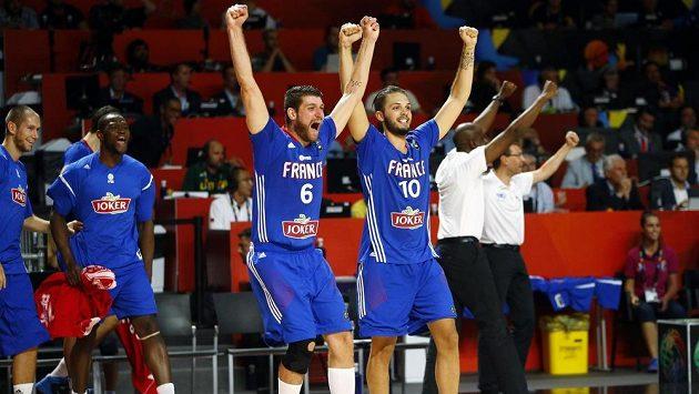 Basketbalisté Francie se radují z bronzu na MS.