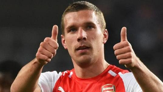 Německý útočník Lukas Podolski rozhodl v nastaveném čase o výhře Arsenalu v Lize mistrů na hřišti bruselského Anderlechtu.