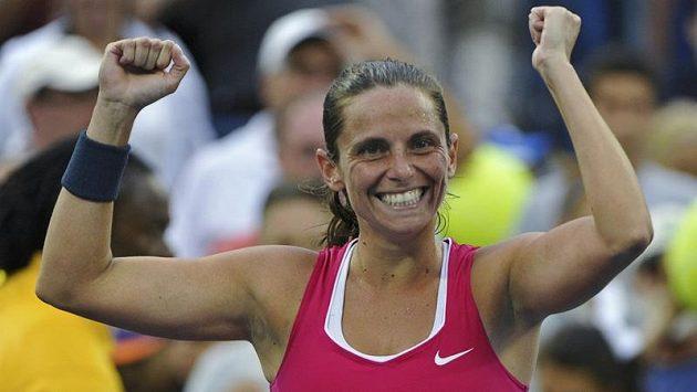 Roberta Vinciová jásá po postupu do čtvrtfinále na US Open.