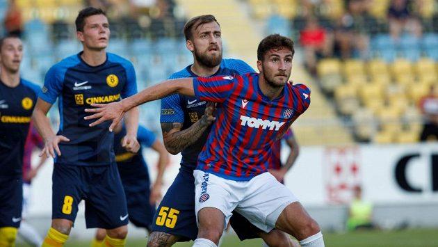 Výkony v dresu Hajduku Split si Stefan Simič říká o pozvání do české reprezentace.