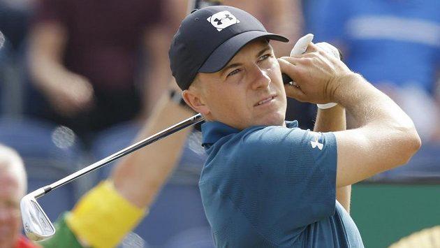 Po vydařeném třetím kole British Open se do vedení v Angusu posunul obhájce titulu Jordan Spieth.