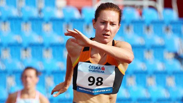 Denisa Rosolová na mistrovství ČR v atletice.
