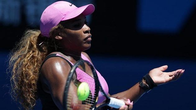 Americká tenistka Serena Williamsová v zápase proti Slovence Daniele Hantuchové.