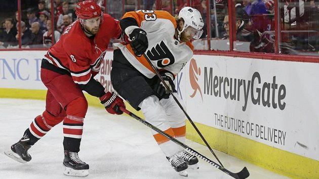 Český útočník Jakub Voráček si v NHL připsal další asistenci, povedlo se mu to v duelu s Carolinou Hurricanes.