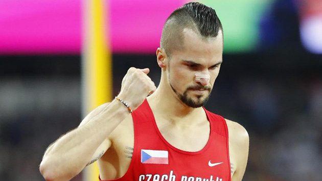 Jakub Holuša ovládl semifinále na 1500 m při MS v Londýně.