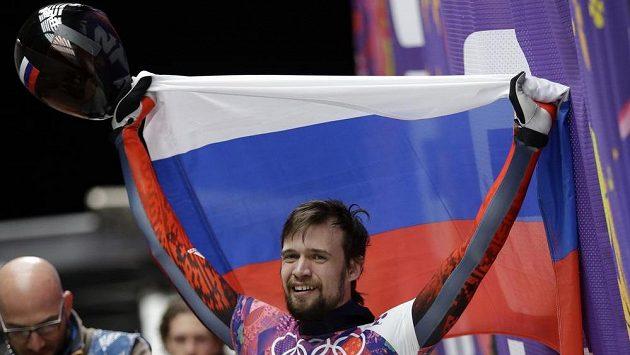 Olympijský vítěz ze Soči Alexandr Treťjakov je jedním ze čtyř ruských skeletonistů, které MOV kvůli dopingu diskvalifikoval a doživotně vyloučil z OH.