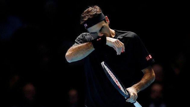 Roger Federer při semifinále Turnaje mistrů. Ilustrační foto.