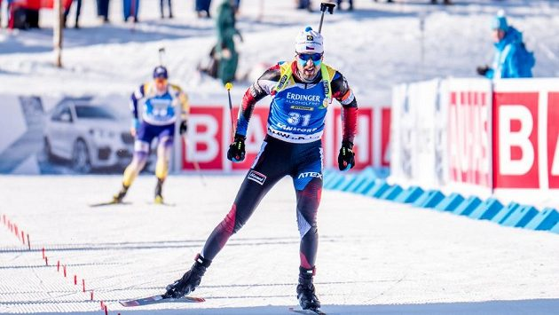Český biatlonista Tomáš Krupčík skončil ve zkráceném vytrvalostním závodě v kanadském Canmore na dvanáctém místě a zajel životní výsledek ve Světovém poháru.