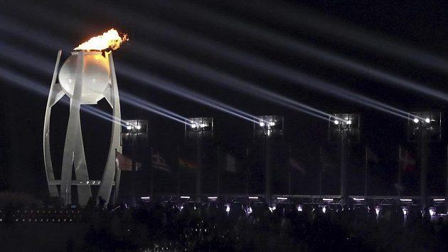 Olympijský oheň je skutečností, hry byly v Jižní Koreji zahájeny.